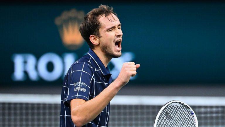 Medvedev conquista em Paris o seu terceiro Masters 1000 da carreira