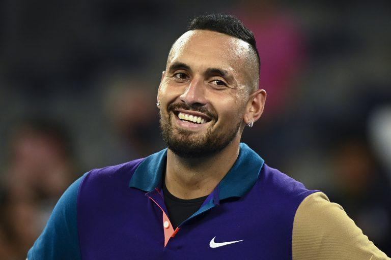Ele está de volta! Kyrgios confirma que vai mesmo regressar em Wimbledon