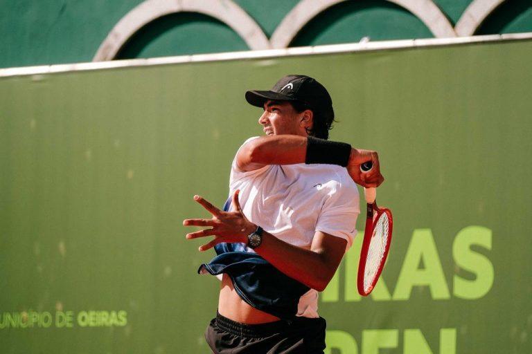 Henrique Rocha e Jaime Faria a um passo de se juntarem a Miguel Gomes em Wimbledon