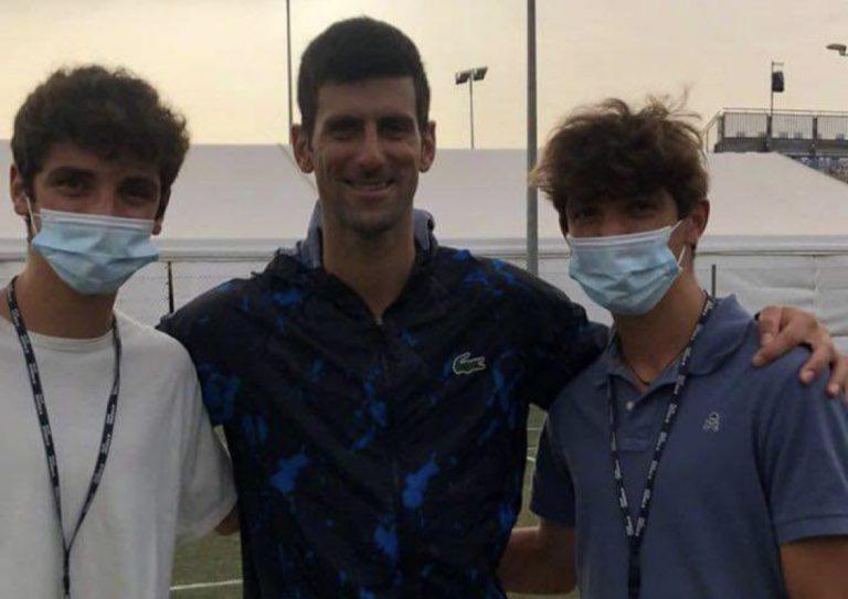 Djokovic aceitou tirar fotografia em Maiorca com os primos de… Nadal