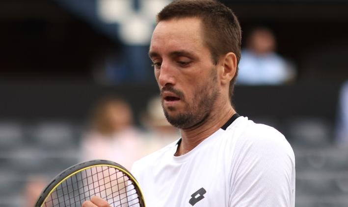 Viktor Troicki perde em Wimbledon e retira-se do ténis