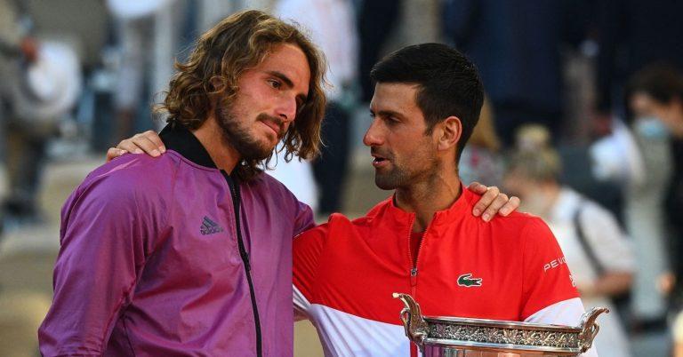 Djokovic sai em defesa de Tsitsipas: «Não fez nada de mal e não mereceu os ataques que sofreu»