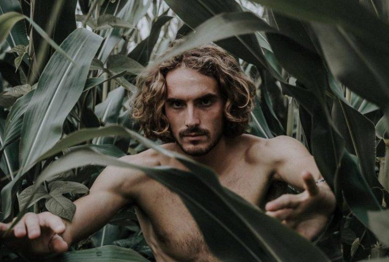Depois do polémico US Open, Tsitsipas desliga-se do mundo… nos Açores