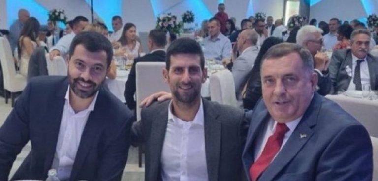 Viagem de Djokovic à Bósnia gera polémica relacionada com genocídio