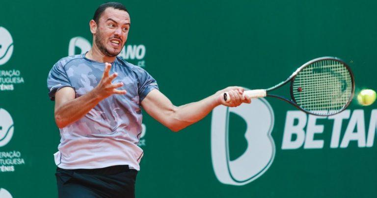 Gonçalo Oliveira eliminado na segunda ronda de Bogotá em dura batalha