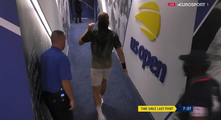 Mannarino ataca Tsitsipas: «É anti-desportivo sair de court quando as coisas te correm mal»